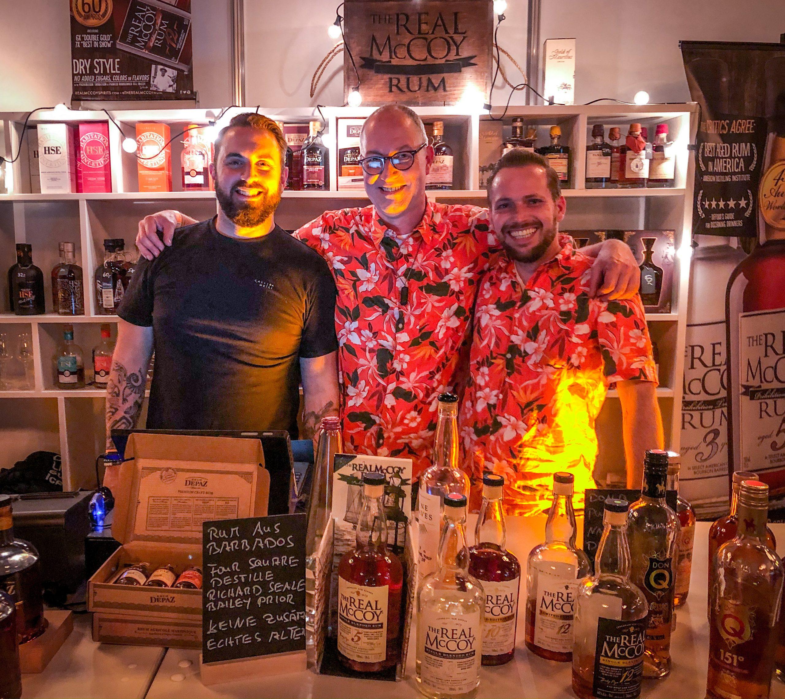 Benoit Bail, Dirk Becker und Robert Zinke am Stand von Spirit of Rum